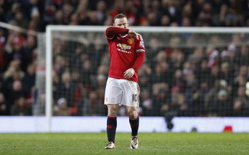 Rooney trở lại nhưng góp phần khiến Man Utd thua trận. Ảnh: Reuters.