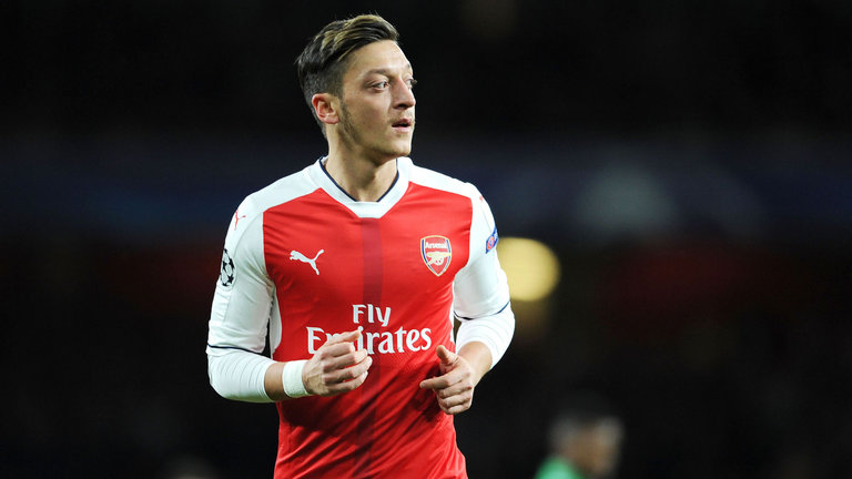 Ozil can cai thien-1053