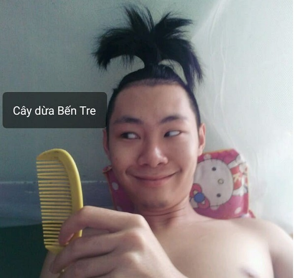 """Thanh niên 18 tuổi chế nguyên series meme hài với bộ tóc """"quý tộc"""""""