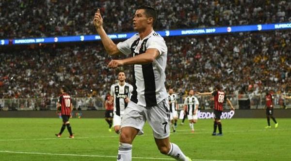 Juventus đánh bại AC Milan