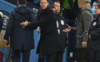 HLV Chelsea phớt lờ cái bắt tay của HLV Man City