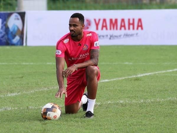 Bóng đá Việt Nam 1/12: Viettel đón vua phá lưới V-League 2020 về đội